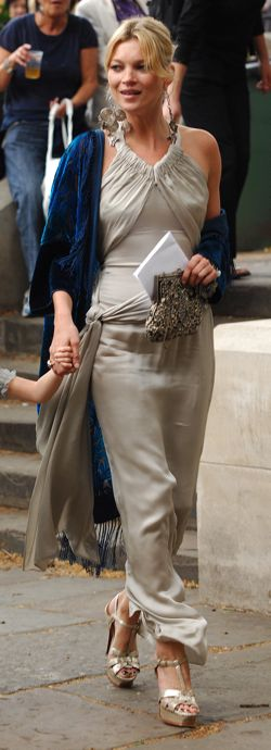 Kate-Moss-Leah-Wood's-Wedding