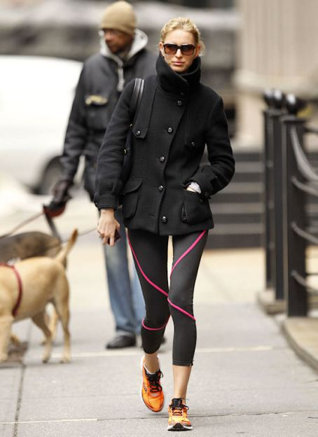 Karolina Kurkova Keeps Up Her Super Model Frame